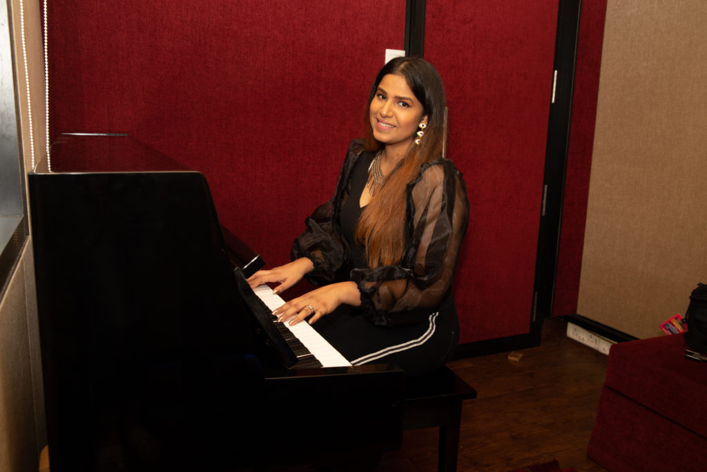 The Voice Behind The Voice: A Look At India's Leading Women Vocal Coaches - Score Short Reads