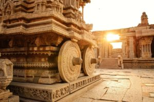 The mysterious temple full of songs in south India - Score Short Reads
